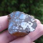 Frakcja żelazo-niklowa w mezosyderytach może skupiona w większych fragmentach - jak na tym okazie Łowicza